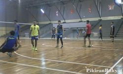 Tim Pelatda Bola Voli Jabar Try Out ke Kendal